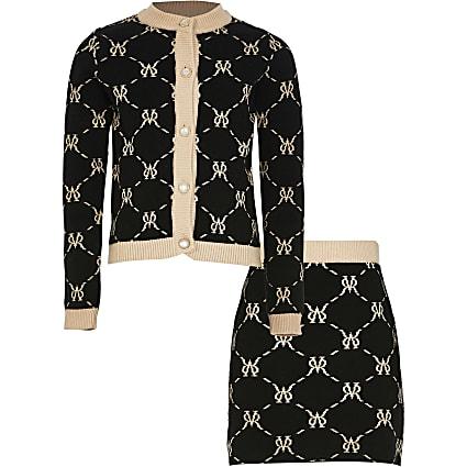 Girls black monogram skirt outfit
