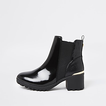 Girls black patent heeled chelsea boot