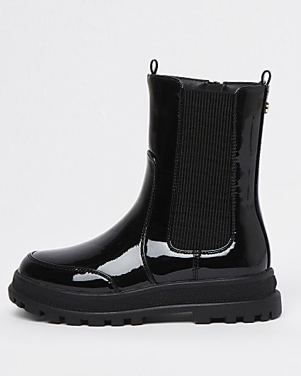 Girls black patent pull on boots