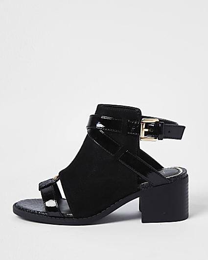 Girls black RI shoes