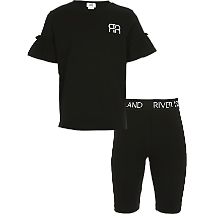 Girls black RR t-shirt outfit