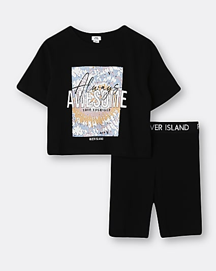 Girls black tie dye graphic t-shirt outfit