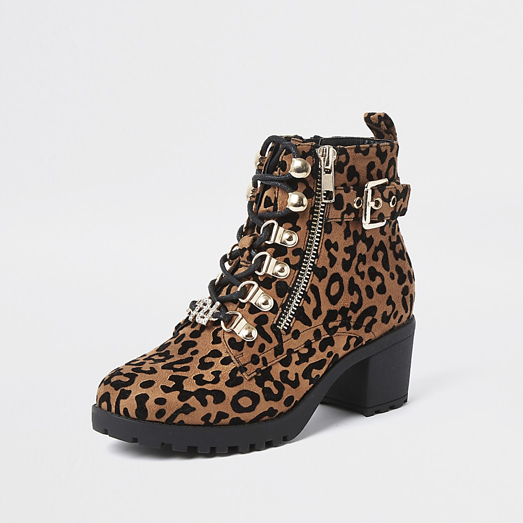 GIRLS FAUX LEATHER BROWN ANKLE BOOTS INSIDE ZIP LEOPARD PRINT DETAIL SIZE 11-2.5