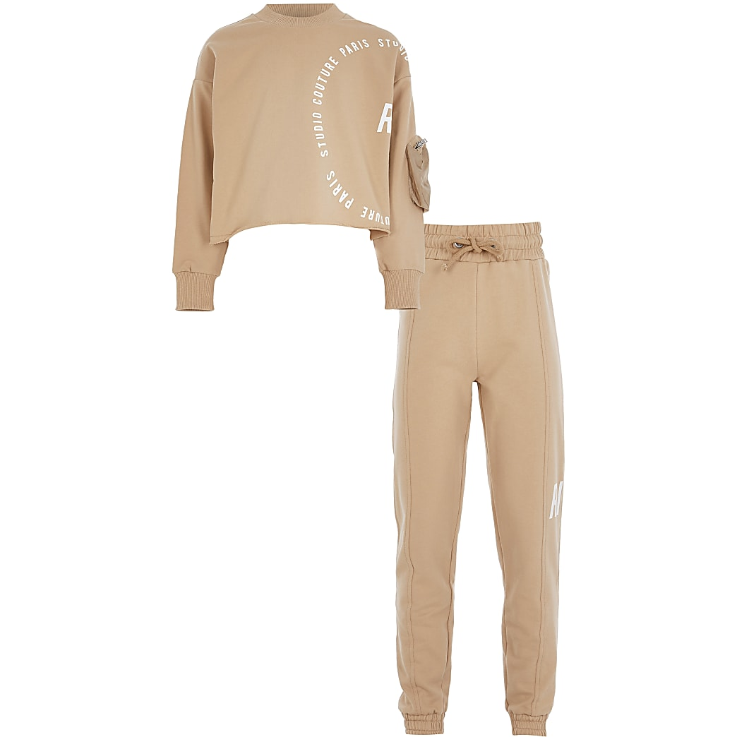 Girls brown RI sweatshirt and jogger outfit
