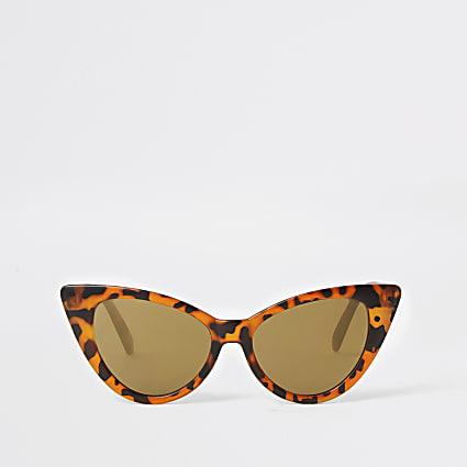 Girls brown tortoiseshell cateye sunglasses