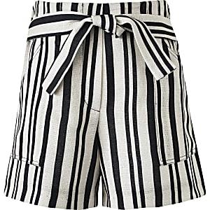 Crèmekleurige gestreepte linnen short voor meisjes