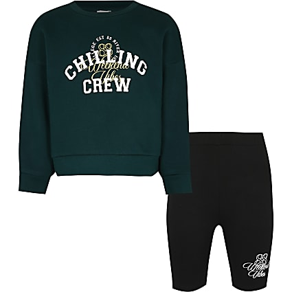 Girls green 'chill crew' sweatshirt outfit