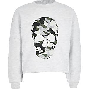 Sweatshirt mit Totenkopf-Print in grauem Camouflage-Muster
