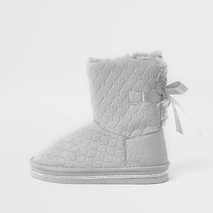 Girls grey RI monogram faux fur slippers
