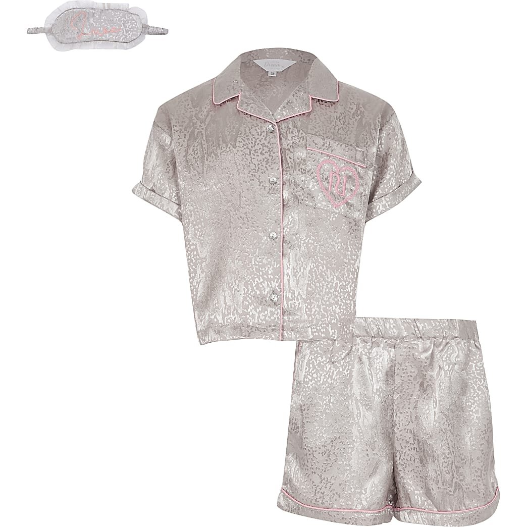 Girls grey snake boxed satin pyjamas set