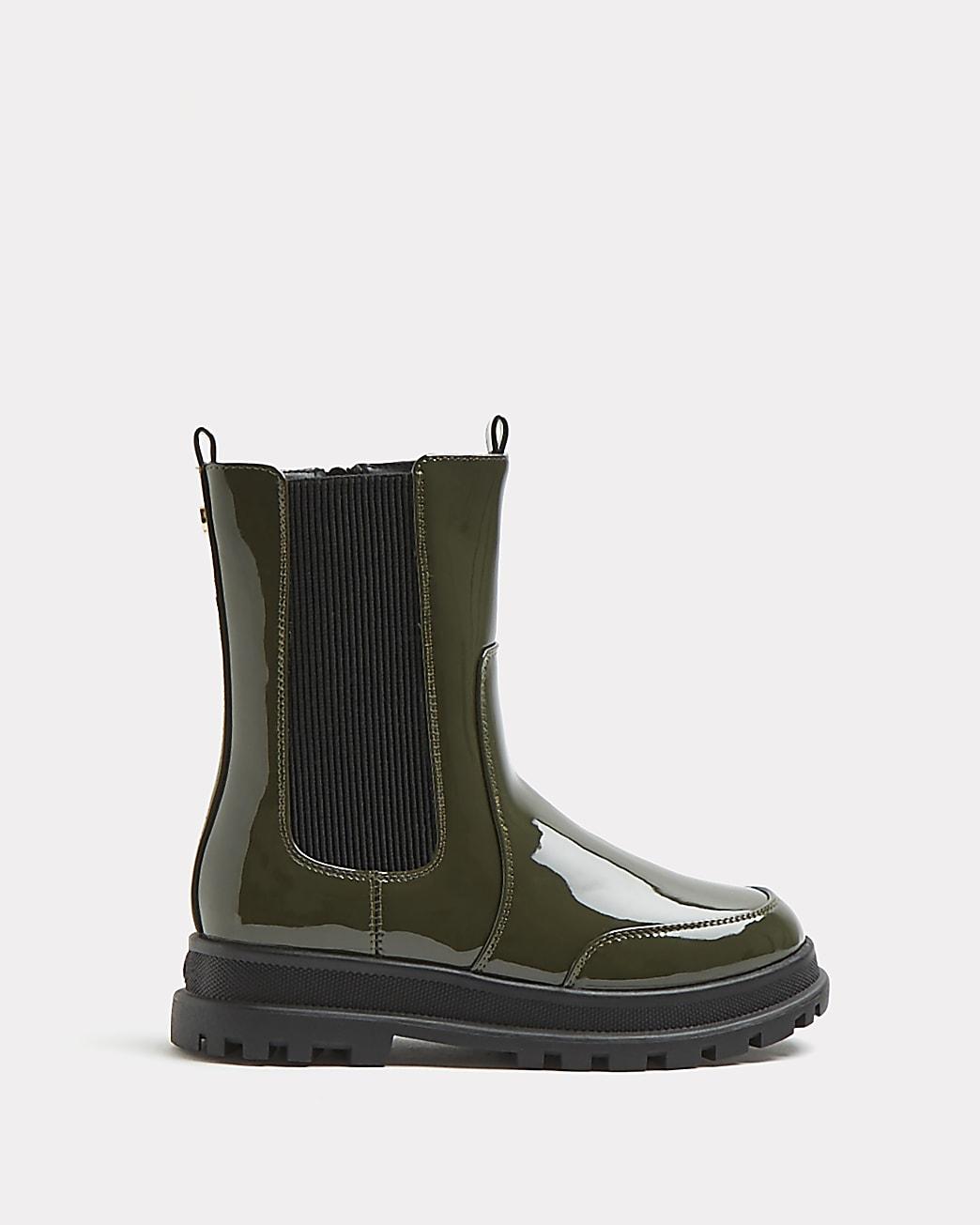Girls khaki patent pull on boots