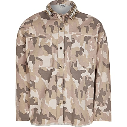 Girls pink camo embellish collar denim shirt