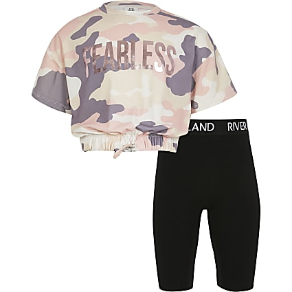 Girls pink camo print t-shirt outfit