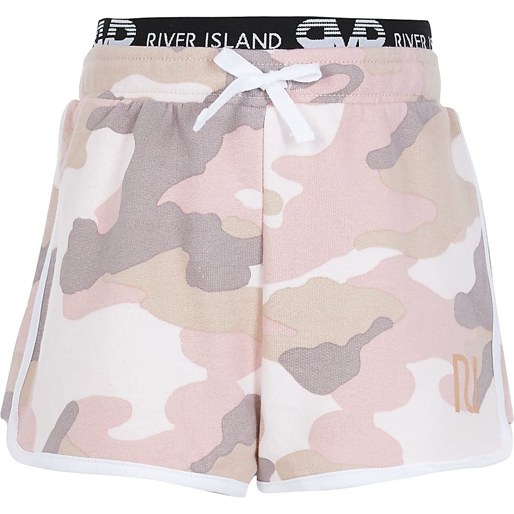 Girls pink camo runner shorts