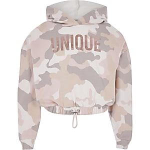 """Pinkfarbener, kurzer Hoodie """"Unique"""" mit Camouflage-Print für Mädchen"""