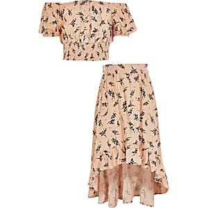 Roze cropped bardot top outfit met bloemenprint voor meisjes