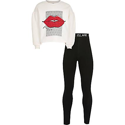 Girls pink lips sweatshirt outfit