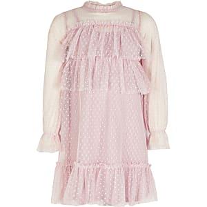 Langärmeliges Mesh-Kleid in Rosa mit Rüschen