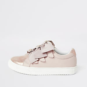 Girls pink metallic bow strap trainers