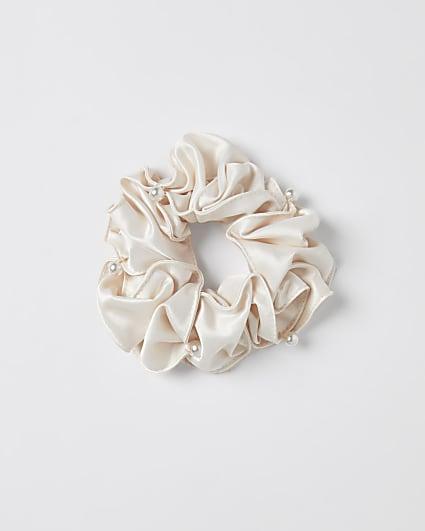 Girls pink pearl ruffle scrunchie