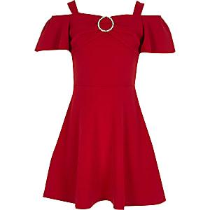 Rotes Bardot-Kleid im Skater-Look mit Strassbrosche für Mädchen