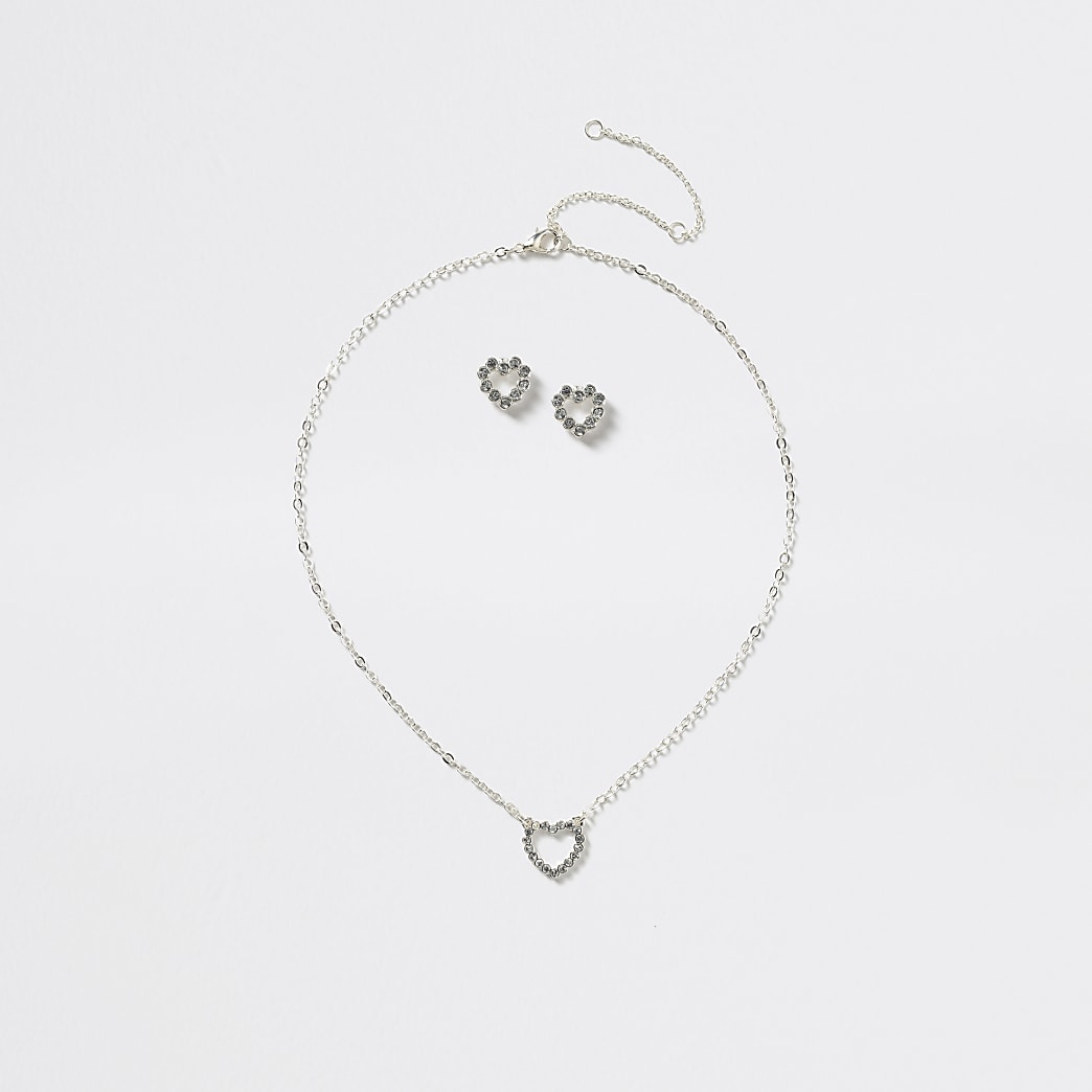 Girls silver tone heart necklace set