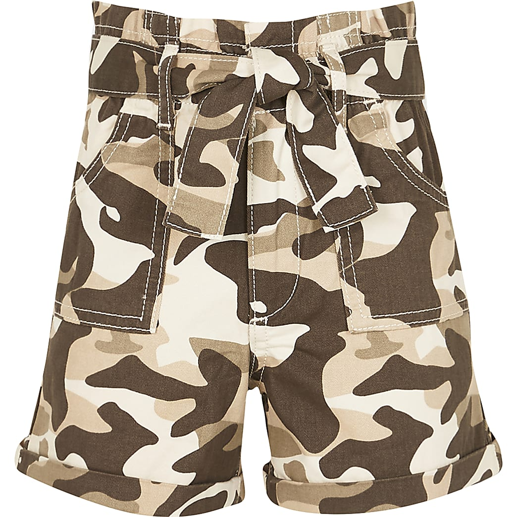 Girls stone camo paper bag shorts