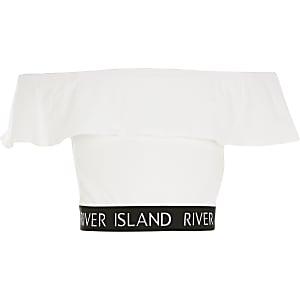 Weißes, kurzes RI-Oberteil mit Rüschen und Bardotausschnitt für Mädchen