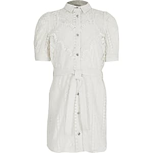 Robe chemise nouéeà la taille en broderie anglaise blanche pour fille