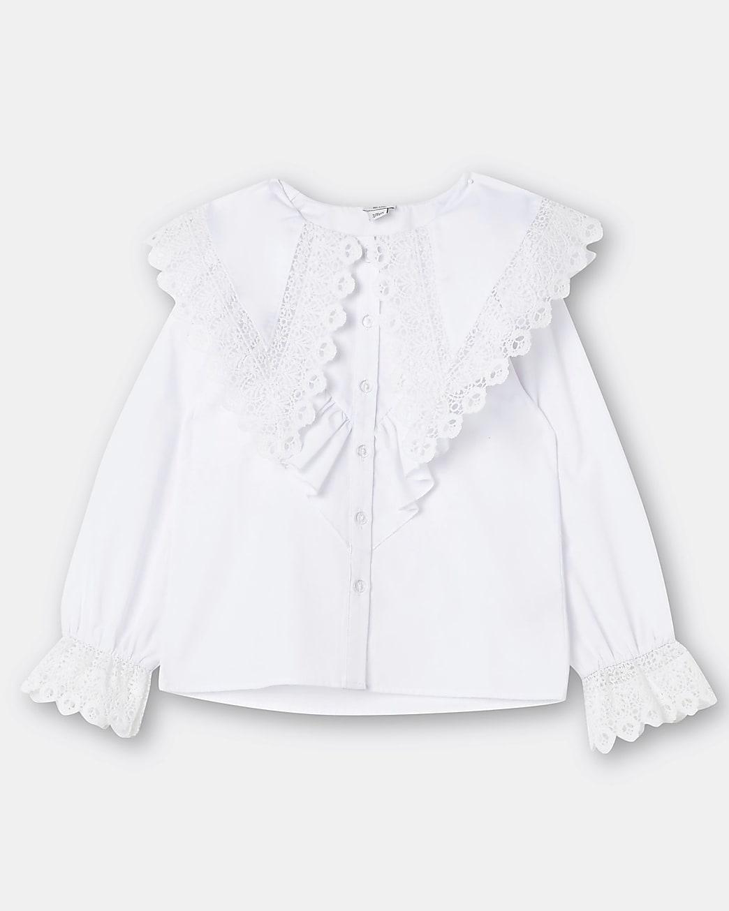 Girls white lace collar shirt