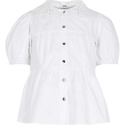 Girls white lace collar shirt