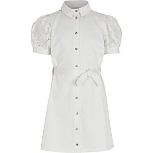 Weißes Blusenkleid mit Organza-Puffärmeln