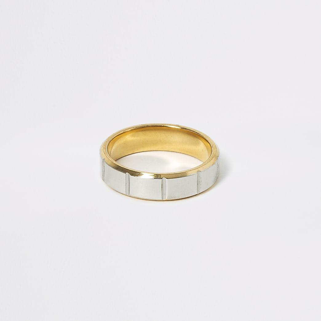 Goud- en zilverkleurige gekartelde ring