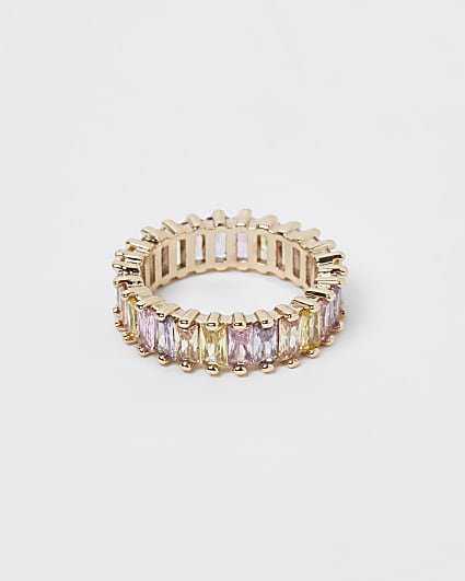 Gold baguette stone ring