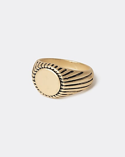 Gold colour detailed signet ring