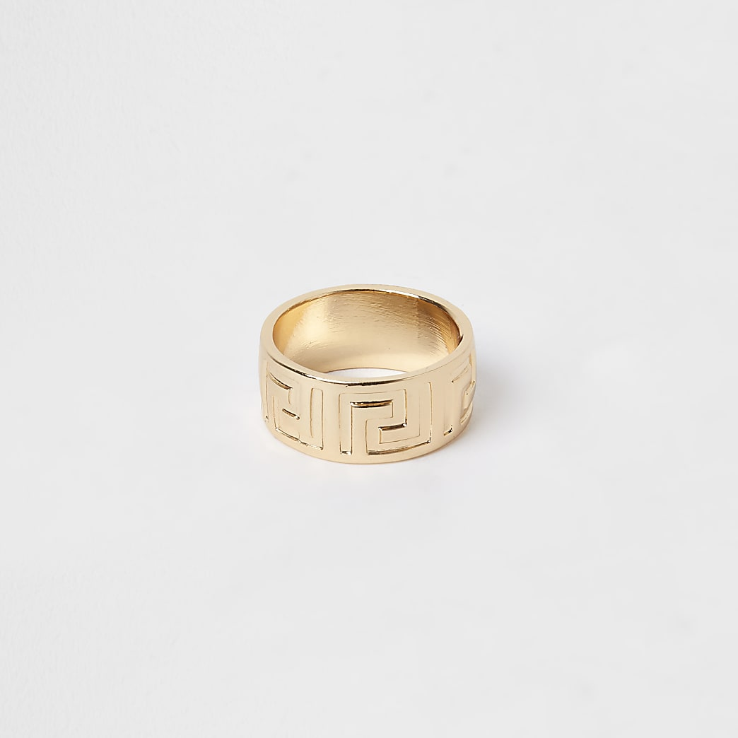 Gold colour engraved band ring