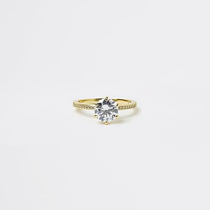 Gold crystal ring