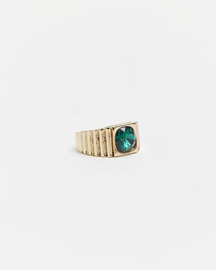 Gold emerald ridge band ring