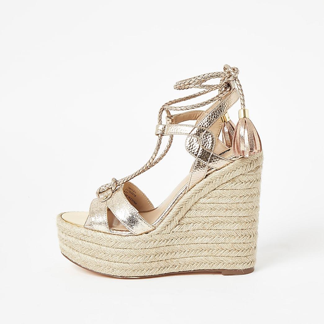 Gouden metallic sandalen met hoge enkelstrik en blokhak