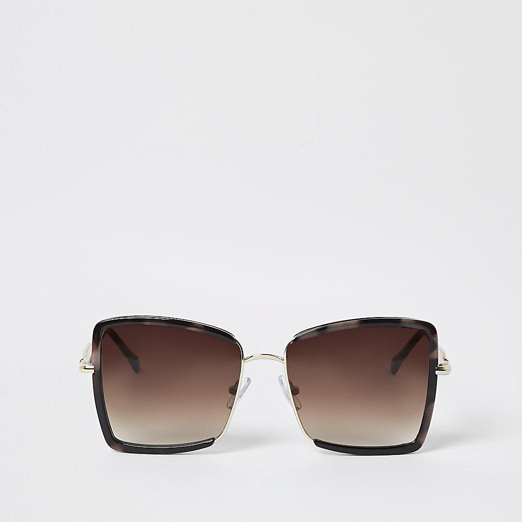 Gold oversized sunglasses