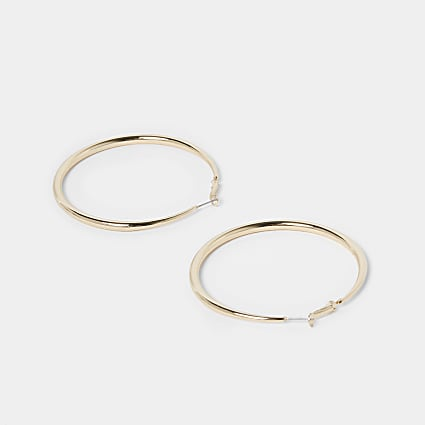 Gold tube hoop earrings