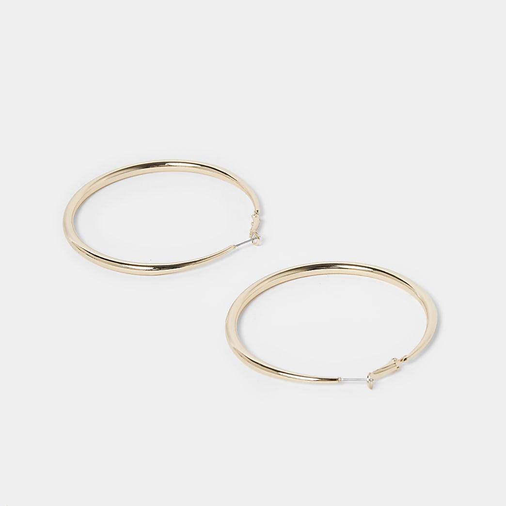 Gold tube hoop earrings