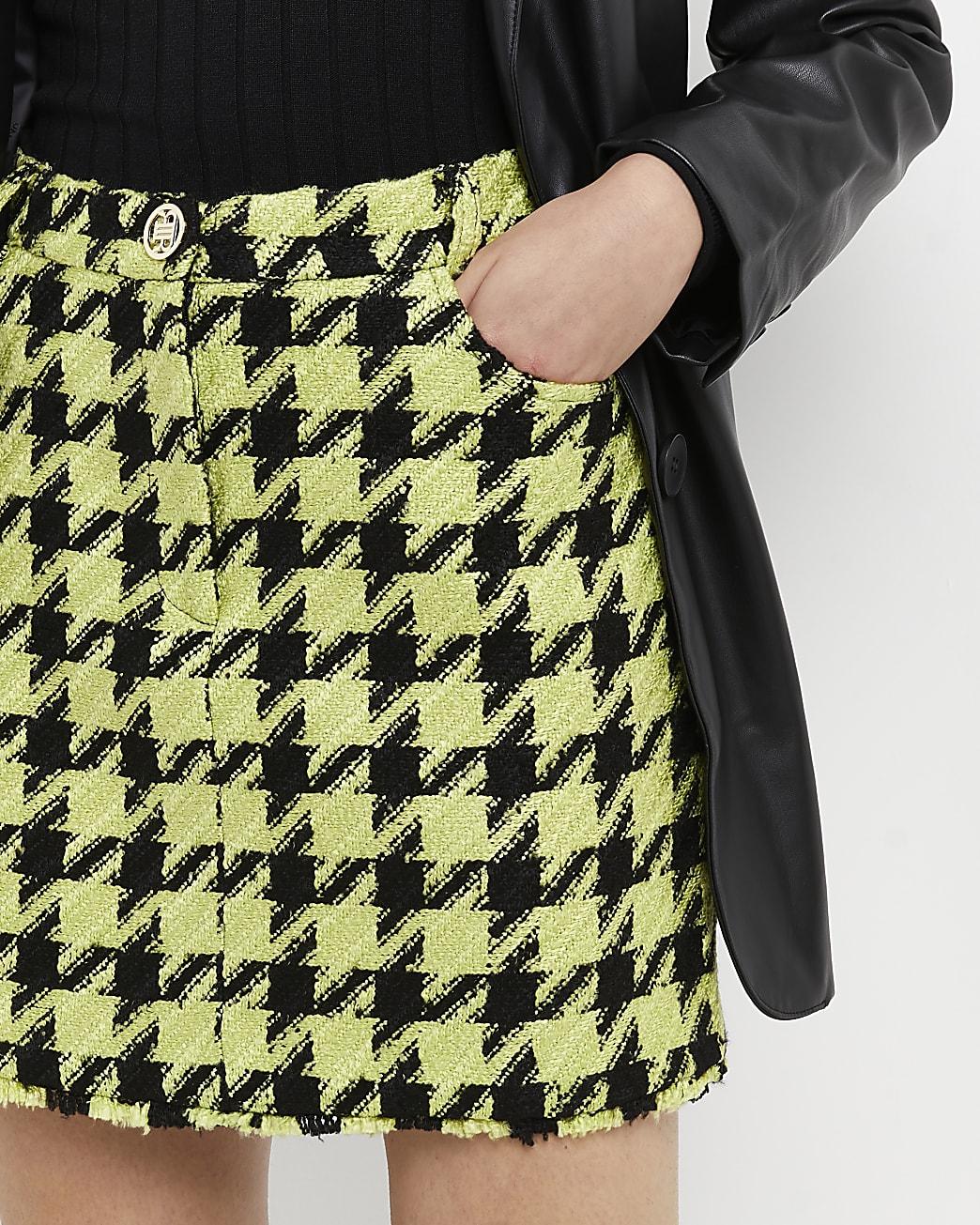 Green dogtooth boucle mini skirt