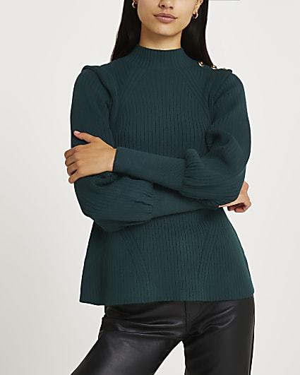 Green extended shoulder knit jumper
