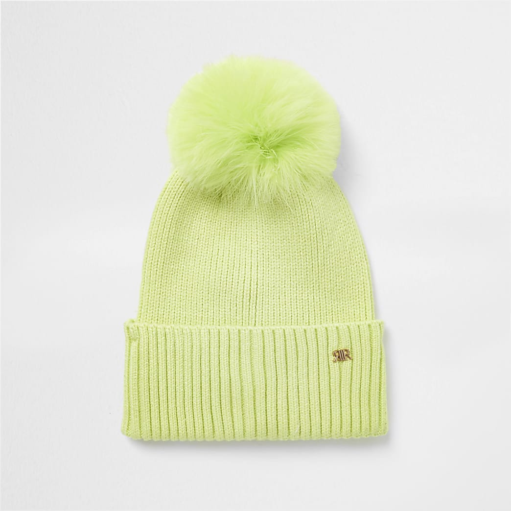 Green feather pom pom beanie hat