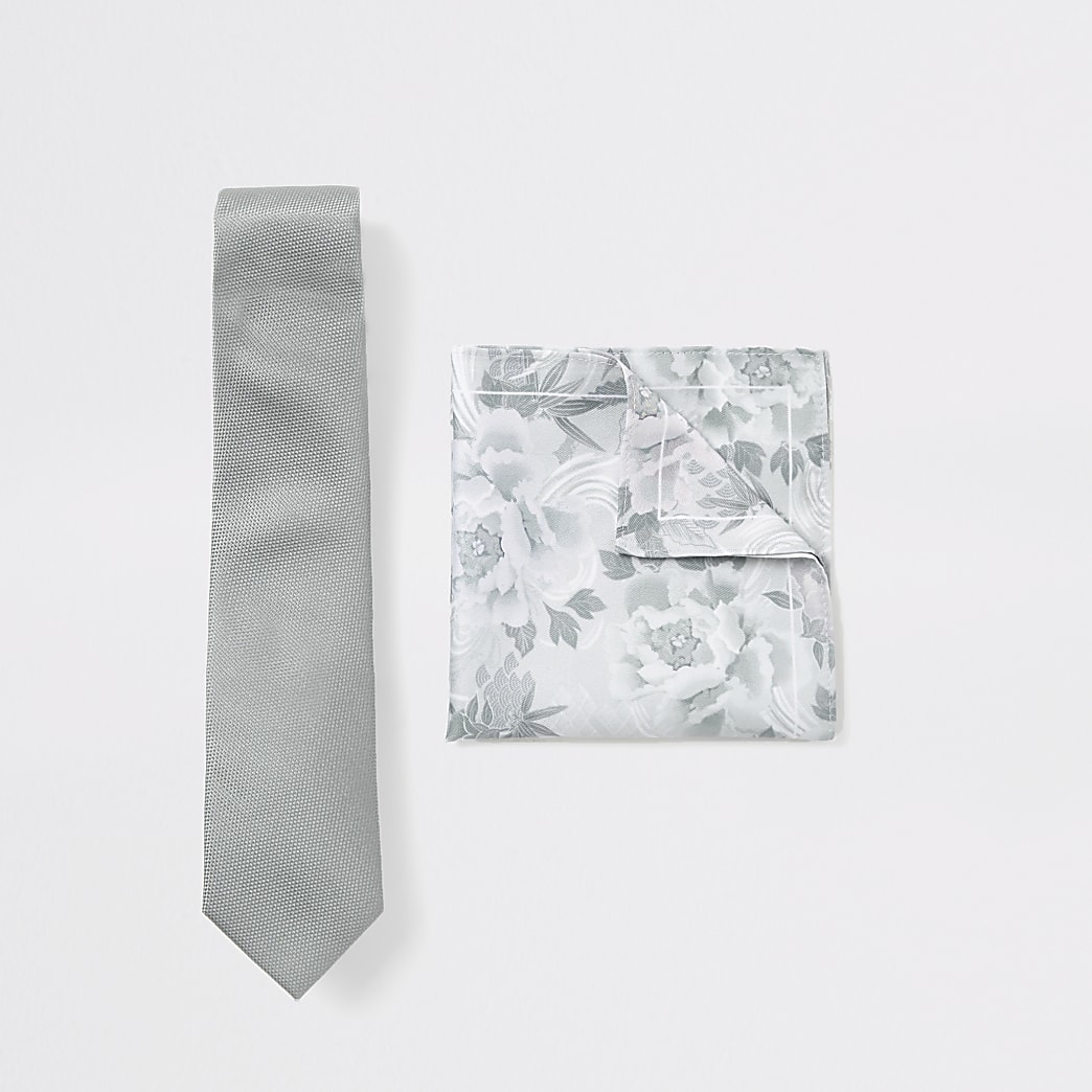 Ensemble mouchoir et cravate à fleurs vert