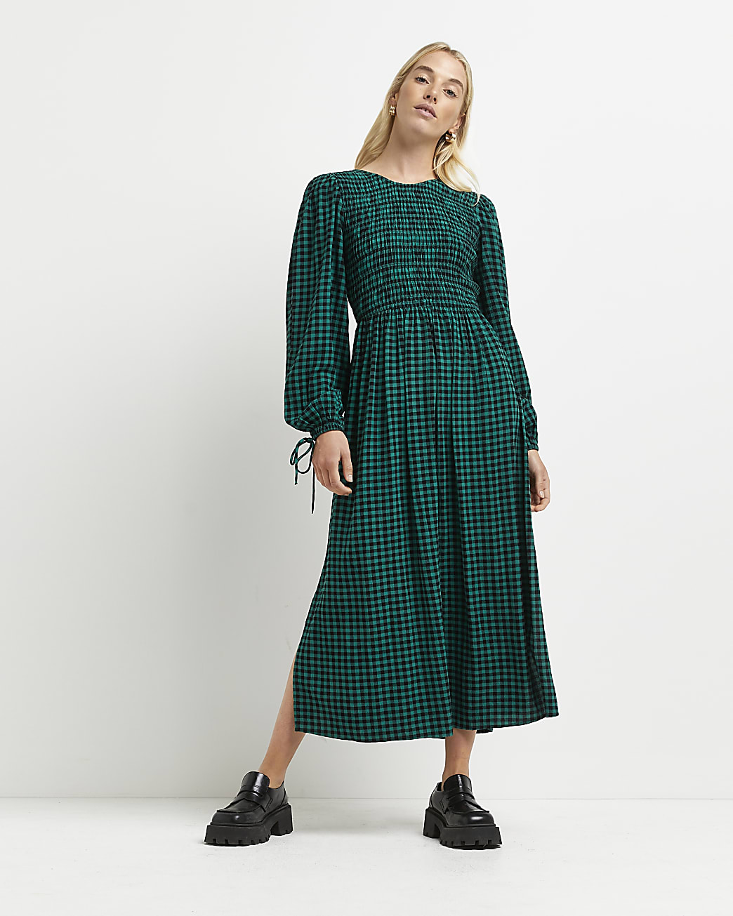 Green gingham shirred midi dress