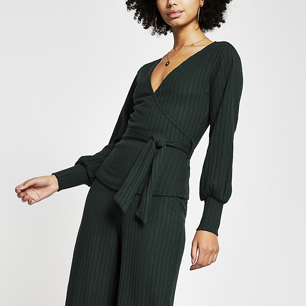 Green long sleeve belted rap top