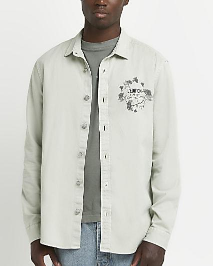 Green regular fit long sleeve graphic shirt