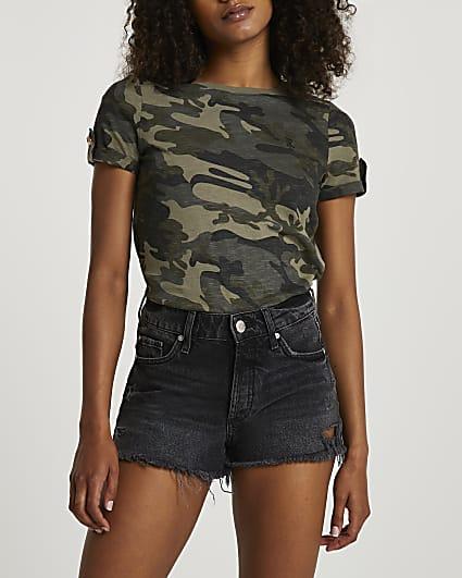 Green short sleeve camo t-shirt